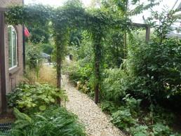jaren dertig tuin oosterbeek begroeide pergola